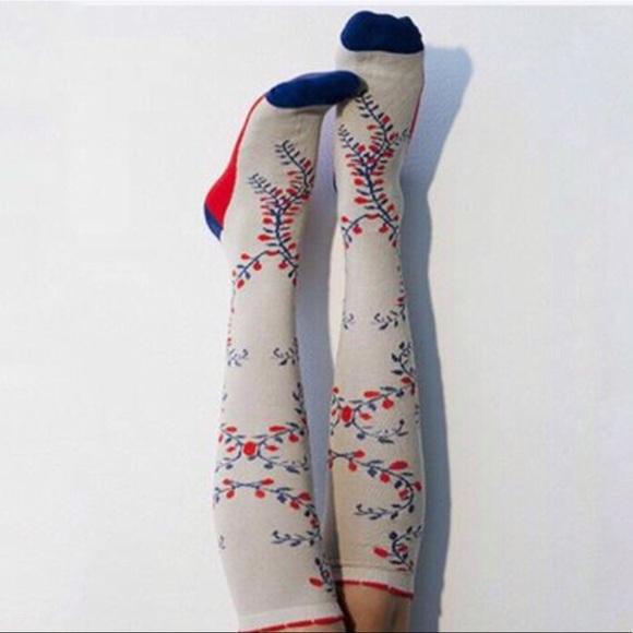 Peony and Moss Accessories - Peony & Moss Vintage Vines Knee Socks